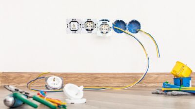Jak prawidłowo rozmieścić gniazdka w mieszkaniu i domu